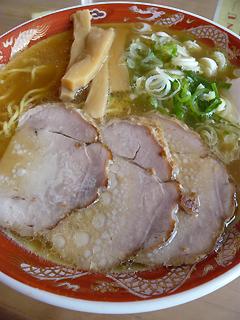 飛行機に乗ってでも食べたい 旭川ラーメン_c0053520_184521.jpg