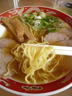 飛行機に乗ってでも食べたい 旭川ラーメン_c0053520_18511164.jpg