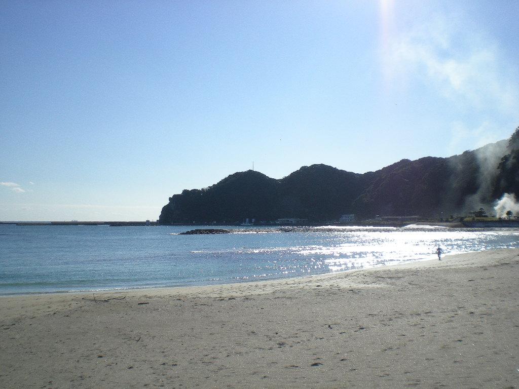 2008年12月15日(月)晴れた日の興津の海!_f0060461_16112934.jpg