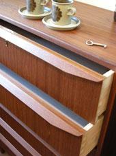 chest (DENMARK)_c0139773_15544170.jpg