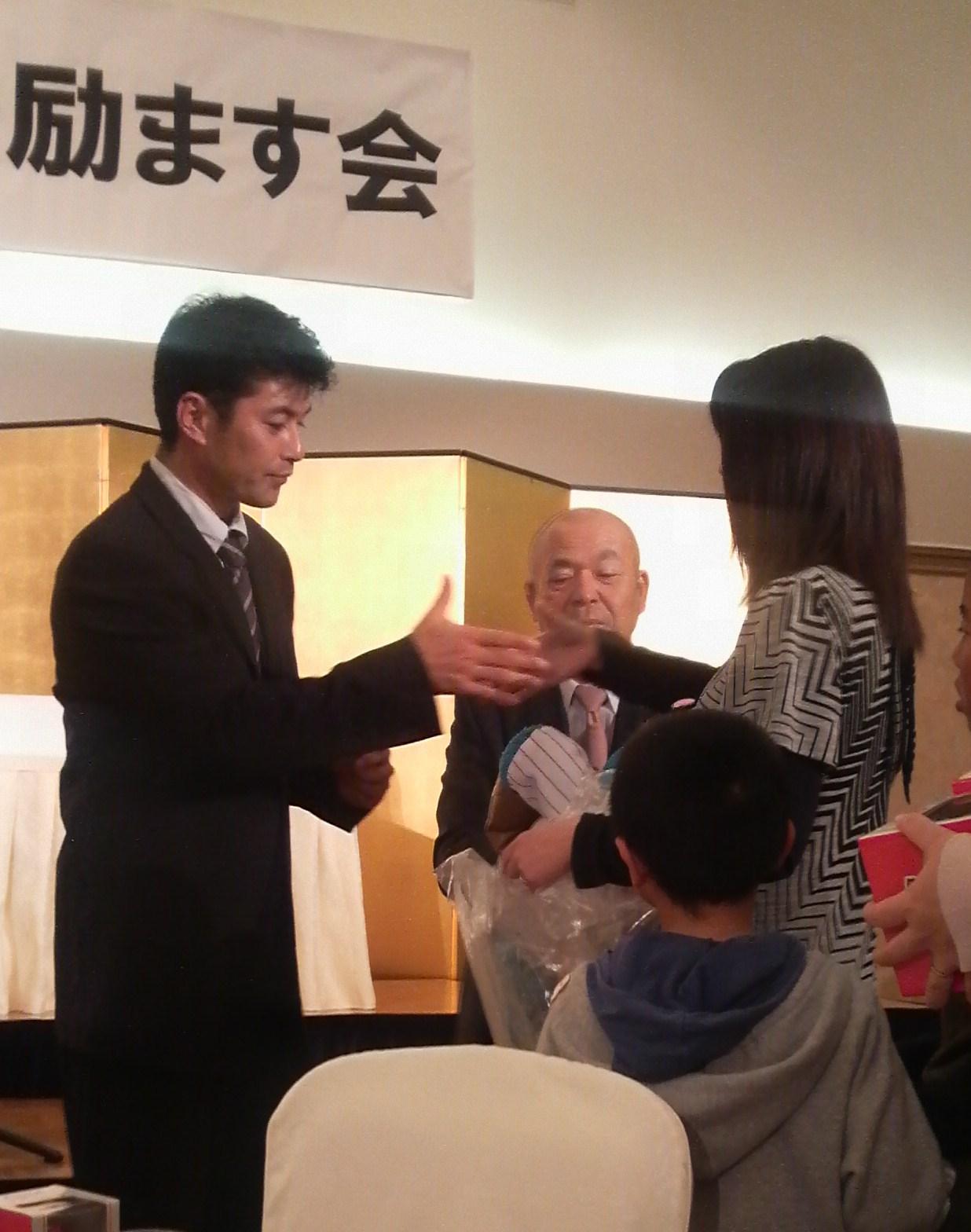 緒方孝市の画像 p1_27