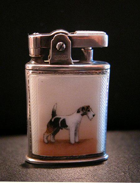 犬のエナメルライター_c0108595_10253512.jpg