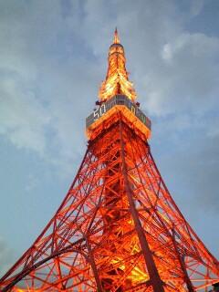 タワー昼・夜_b0072729_2311849.jpg
