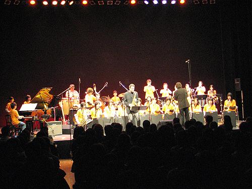 ビックバンドジャズ「晩秋の宴 ~エリック・マリエンサルを迎えて~」_e0118827_21224357.jpg