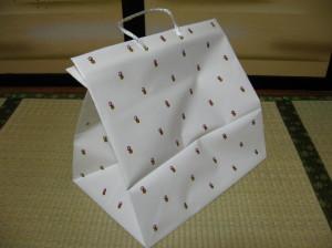 引き出物用手提げ袋探索記_f0182936_1294292.jpg