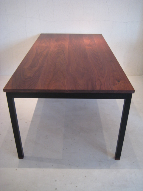 WB DINING TABLE_c0146581_11221741.jpg