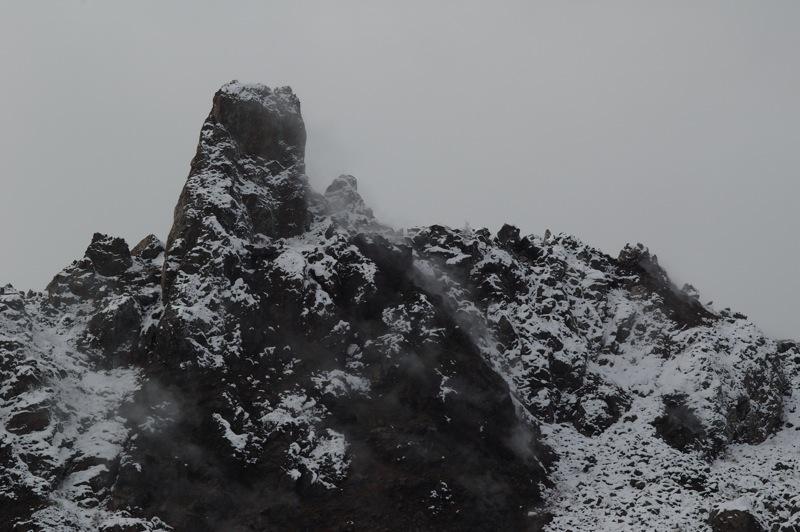 大有珠の溶岩ドームを見て、八ケ岳を想い出した!_f0042194_21463018.jpg