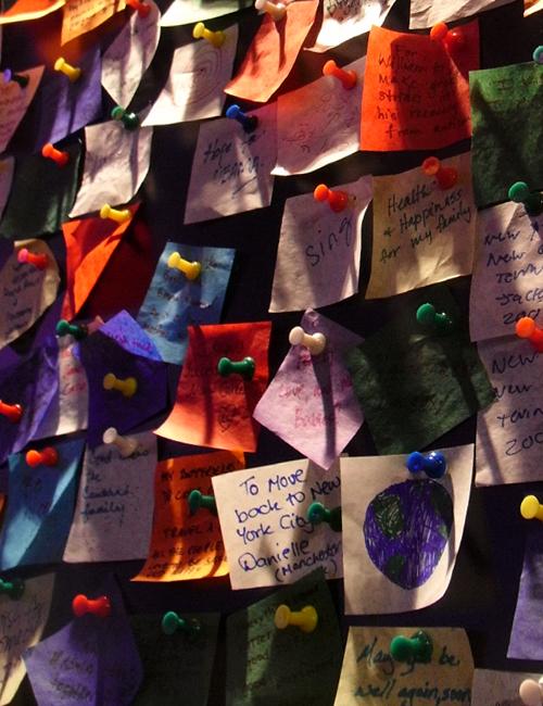 ニューヨークで新年の誓いをたてたい方へ、「願いの壁」が登場中_b0007805_22511241.jpg