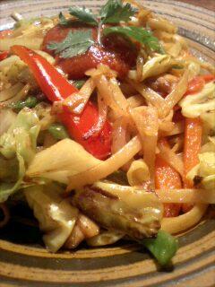 チャウミン/ネパール・グルン族家庭料理_f0190225_23273126.jpg