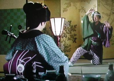 時代劇のきもの(4)『必殺仕事人Ⅳ』おりく(山田五十鈴)_f0134963_20333533.jpg