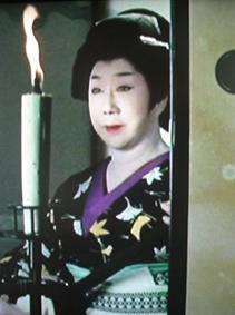 時代劇のきもの(4)『必殺仕事人Ⅳ』おりく(山田五十鈴)_f0134963_21343542.jpg