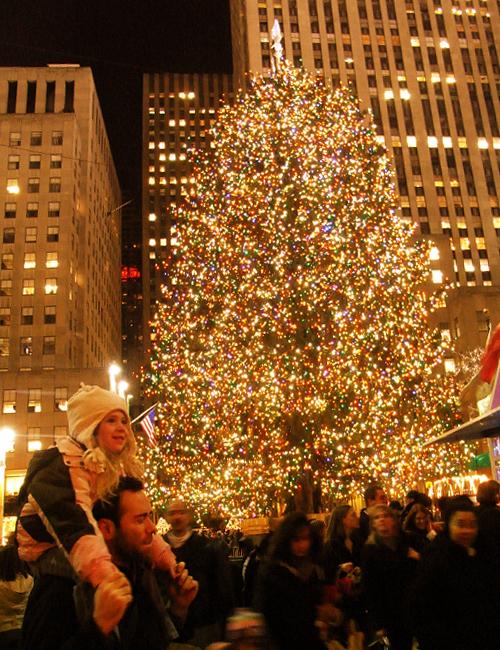 ロックフェラーセンターのクリスマスツリー 2008_b0007805_6311177.jpg