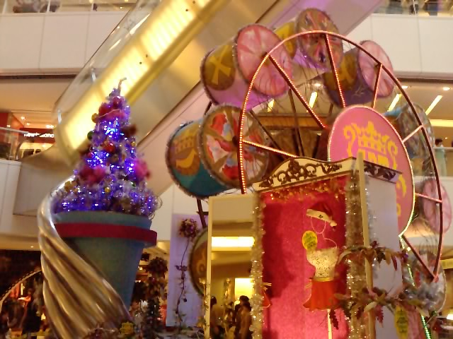 クリスマスイルミネーション 10_e0155771_2011731.jpg