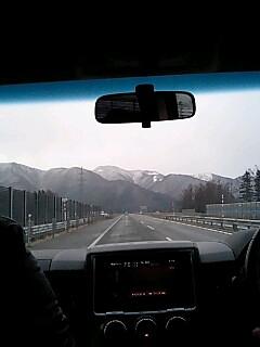 会津は少し吹雪いていました。_d0027486_1624361.jpg