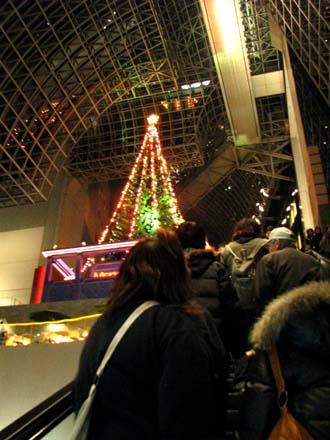 歳末風景4 京都駅_e0048413_22124225.jpg