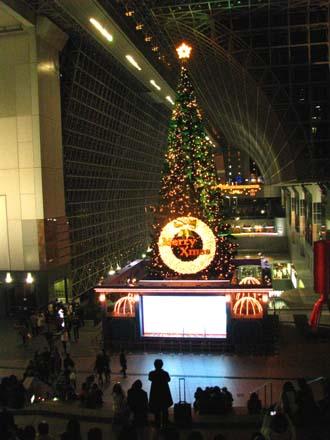 歳末風景4 京都駅_e0048413_2213316.jpg