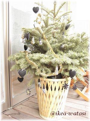 1ヶ月頑張ってくれた☆IKEAのクリスマスツリー_c0180949_8355711.jpg