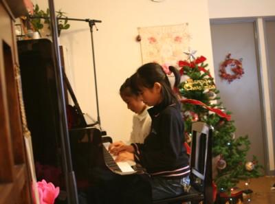 ★クリスマス ピアノ発表会★_d0082356_9203745.jpg