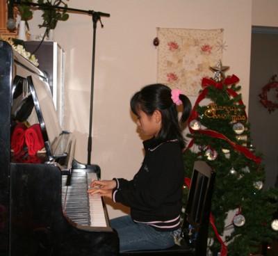 ★クリスマス ピアノ発表会★_d0082356_9212319.jpg