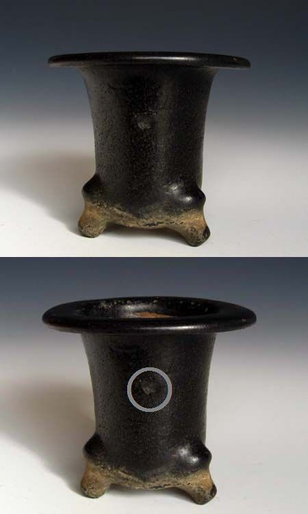 楽焼植木鉢の挟み痕(はさみあと)          No.464_d0103457_23522011.jpg