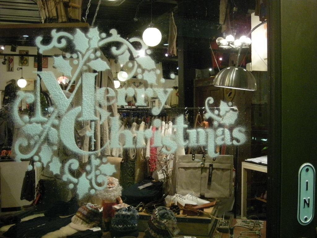 カサノヴァより メリーメリークリスマス便_a0108963_17422599.jpg