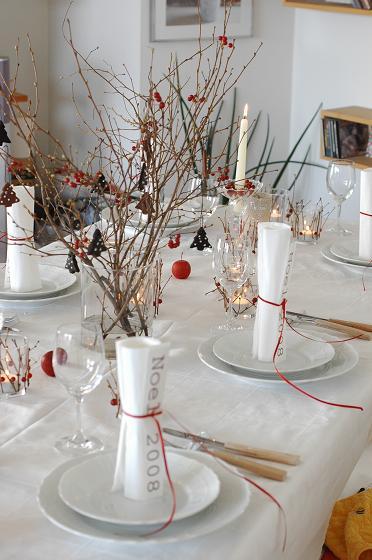 白と赤い実のクリスマステーブル♪_c0116778_1595581.jpg