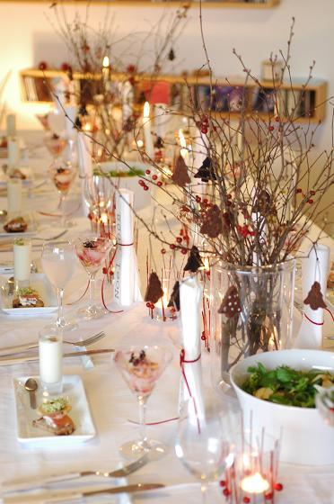 白と赤い実のクリスマステーブル♪_c0116778_159617.jpg