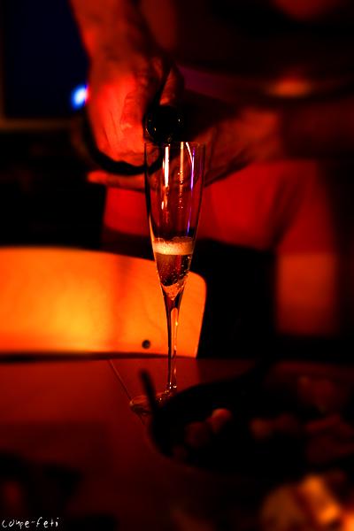 シャンパンと赤パン_f0149855_0121130.jpg