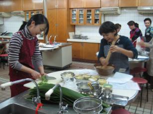琉球料理とは・・・_b0060363_23481990.jpg
