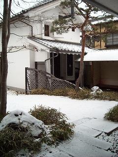 雪♪だけど・・・_f0183480_12192829.jpg