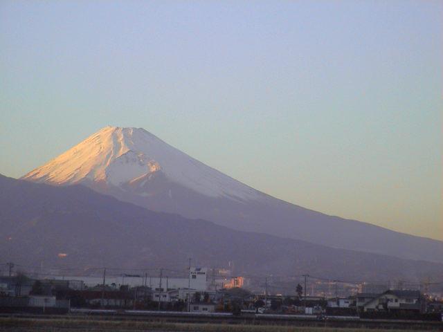 今日の富士山。_e0060555_22451065.jpg