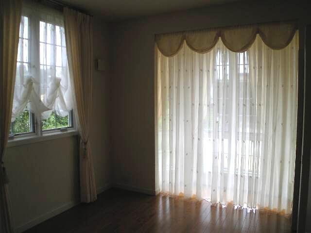 用途に応じたカーテンスタイル_c0157866_111452.jpg