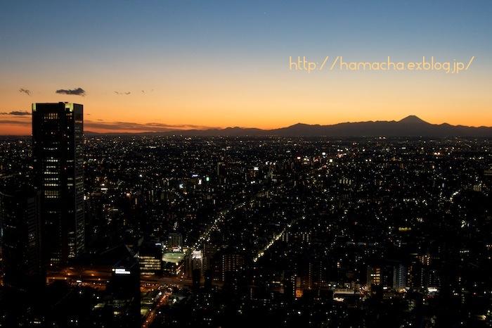Town at Sunset_c0158775_21381013.jpg