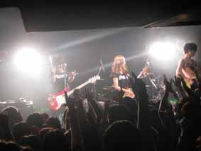 DELICIOUS LABEL presents DJ BUMP SHOW!! @ 高円寺 HIGH 08.12.29_d0131511_18261736.jpg