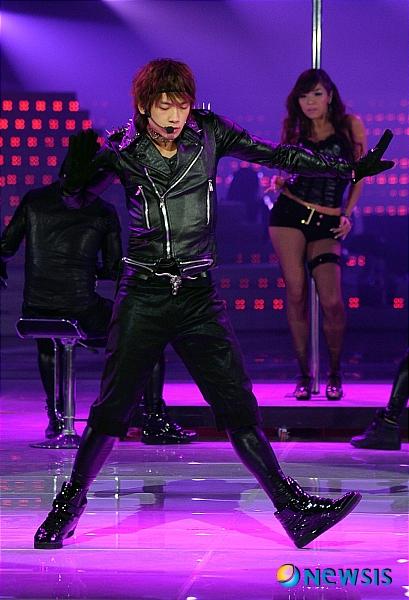 今年最後★12月31日MBC歌謡大祭典★2008 30日KBS 歌謡大祭り\' リハーサル_c0047605_0445935.jpg