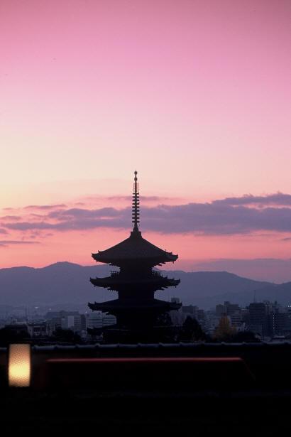 京都の朝日_f0186356_14163892.jpg