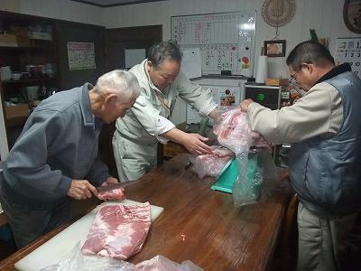 ほら貝・〆なえ  餅つき  肉分け_b0092684_18573577.jpg