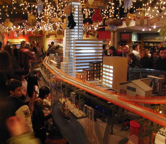 グランド・セントラル・ターミナル内にある交通博物館のショップ_b0007805_2195743.jpg