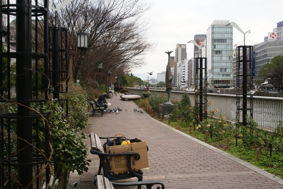 中之島・・・京阪線をおりると・・・ _f0186356_21284327.jpg