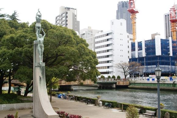 中之島・・・京阪線をおりると・・・ _f0186356_21293228.jpg