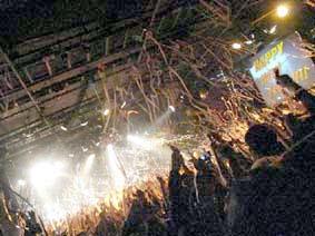 BAD MUSIC 2008年の大晦日のレポート_d0131511_1713254.jpg