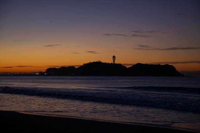 湘南海岸での一日 (夜明け前)_c0167028_1284184.jpg
