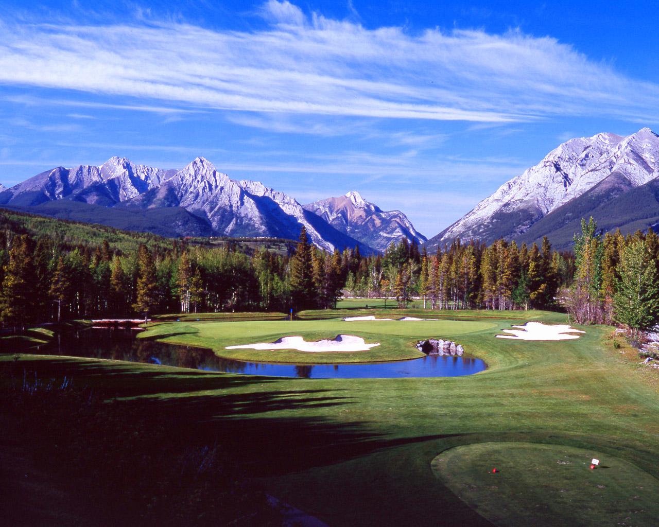 画像はちょっとお借りしてきちゃいましたこんなステキなゴルフ場でラウンドし... あけましておめで