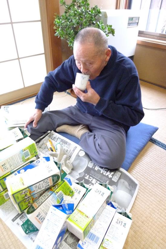 94歳、寅作おじいちゃんの仕事納め_f0170995_12454876.jpg