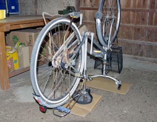 自転車の 自転車 タイヤ交換 前輪 : 自転車のタイヤ交換 : やきもん ...