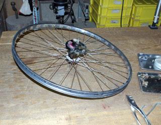 自転車のタイヤ交換_c0081499_18235430.jpg