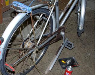 自転車のタイヤ交換_c0081499_1838682.jpg