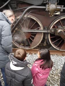 村に蒸気機関車がやって来た!_f0106597_23102347.jpg