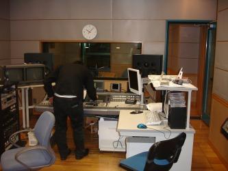 ラジオ出演_b0132530_19441514.jpg