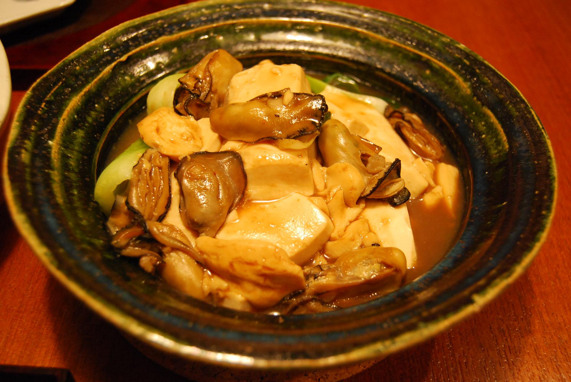 牡蠣と豆腐のオイスターソース煮込み_e0142956_10575388.jpg